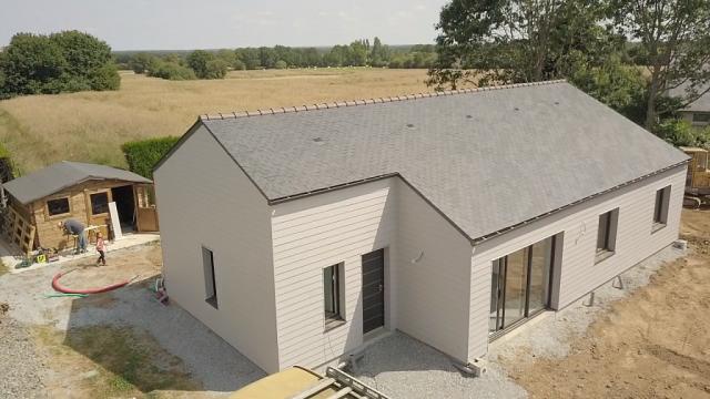 Maison à ossature bois Bardage James Hardie, Menuiseries ALU BOUVET gamme Novaltuce
