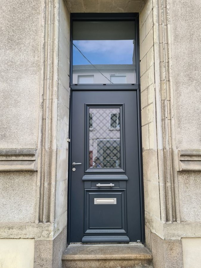Porte d'entrée sur mesure BEL'M à NANTES